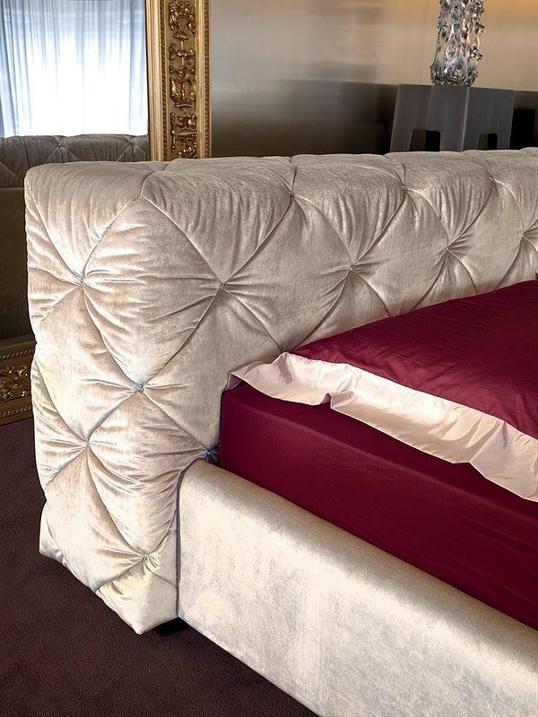 Кровать Must