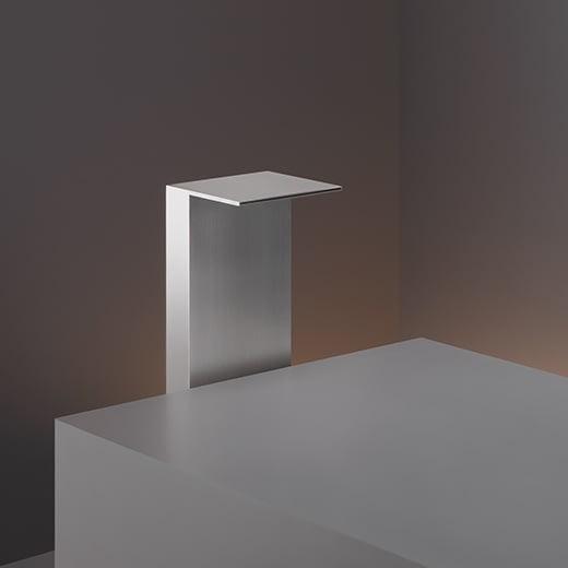 Отдельно стоящий кран для ванной. Тип струи: водопад REG41