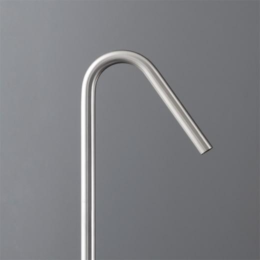 Отдельно стоящий кран для ванны. Высота: 835 мм FRE10