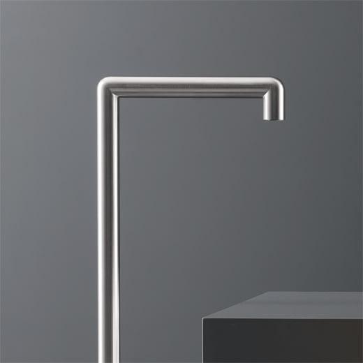 Отдельно стоящий кран для ванны. Высота: 810 мм CAR19